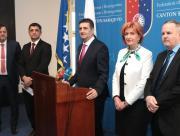 press_konferencija_vlade_ks.jpg